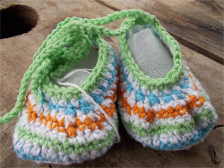 "crochet baby shoes ""dancing feet"" cotton and cotton blend 9-10cm foot ON SALE!!!"