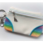 Vinyl coin purse keychain, with thongs zipper pull