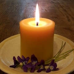 Classic Pillar 9cmx8cm, Pure Beeswax Candle