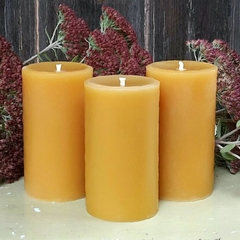 Beeswax Pillar Candle, 8.5cm x 5cm, Classic Design