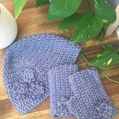 Snug Beanie & Fingerless gloves- Medium Adult -Marble Denim Blue