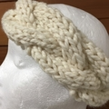 Cream knitted cable headband, knitted earwarmers, cream braided headband