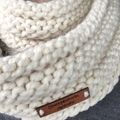 Knitted cream nfinity scarf, cream cowl creamchunky scarf, ladies scarf wool