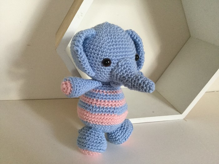 Baby-elephant-softie-free-crochet-pattern – Your Crochet | 525x700