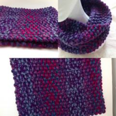 Comfy hand knitted Cowl