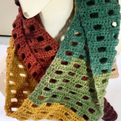 Scarf hand made crochet in a windowpane pattern