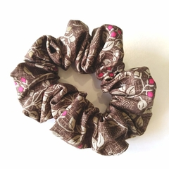 Scrunchie /  Brown - small berries
