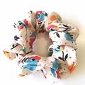 Scrunchie / White - DOT x FLOWER