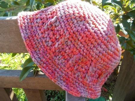 crocheted summer hat with brim. pink and mauve.  Sun hat, beach wear, sun smart