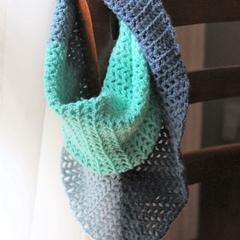 Genie triangle crochet scarf