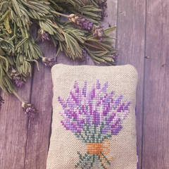 Crossstitched lavender sachet,Housewarming gift,Lavender fragrance,Mother's Day