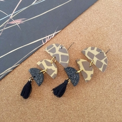 ANIMAL PRINT -GIRAFFE STATEMENT HOOKS