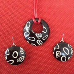 Black and white tribal design pendant and matching earrings