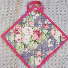 Rose / Floral pot holder  (bright pink trim)