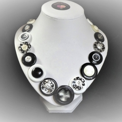 Black and white button necklace - Black and white night