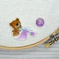 SEW BEARABLE Sewing Bear #5 Resin Magnetic Needle Minder, Needle Nanny, Cross St
