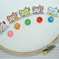 Cute As A Button Needle Minder: Sewing Machine- Checkered, Magnetic Needle Minde