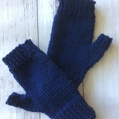 Fingerless gloves - hand knit