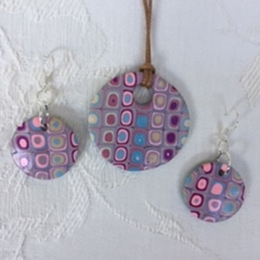 Blue, Purple and Pink Hues in a Retro Designed set of Earrings and Pendant - 258