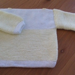 BABIES WHITE AND LEMON JUMPER IN ACRYLIC TO FIT 0 TO 3 MONTHS.