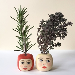 'Rosemary & Thyme'