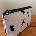 Pouch - cat with lace zip