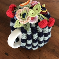 Garden delight tea cosy