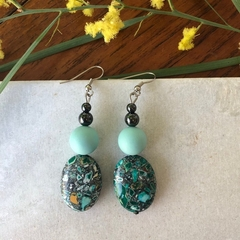 Gorgeous Green Dangle earrings.