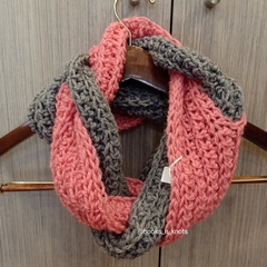 The Tangled Cowl - Grey Pink