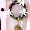 Australian Faux Flannel Wildflower Jute Twine Blossom Grapevine Wreath 18 cm