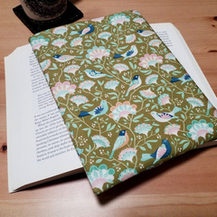 Book Lovers Bird Tree Book Pouch