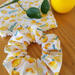 The Devonport Scrunchie in Make Lemonade print.