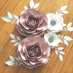 Set of 4 Roses and Garden Roses/ Nursery Decor/ GIrl's Room Decor