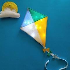 Nightlight Kite Dreamer
