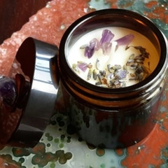 Amethyst + Lavender | Crystal & Aromatic Alchemy Candle
