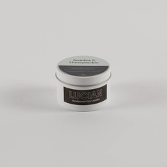 Jasmine & Honeysuckle Medium Candle Tin