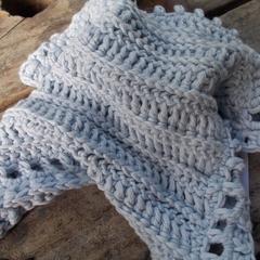square crochet washcloth in blue bamboo fibre. Bathtime softness