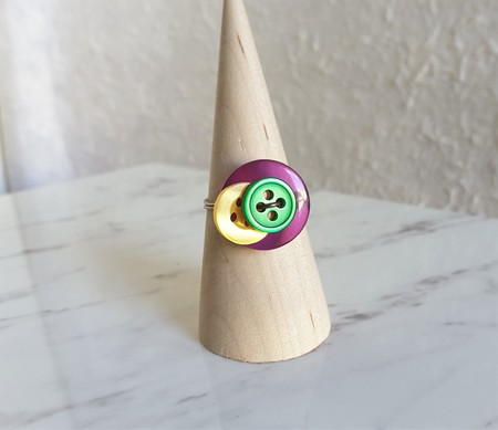 Colourful Purple Yellow Green Geometric button wire ring (Size AU size O,US7)