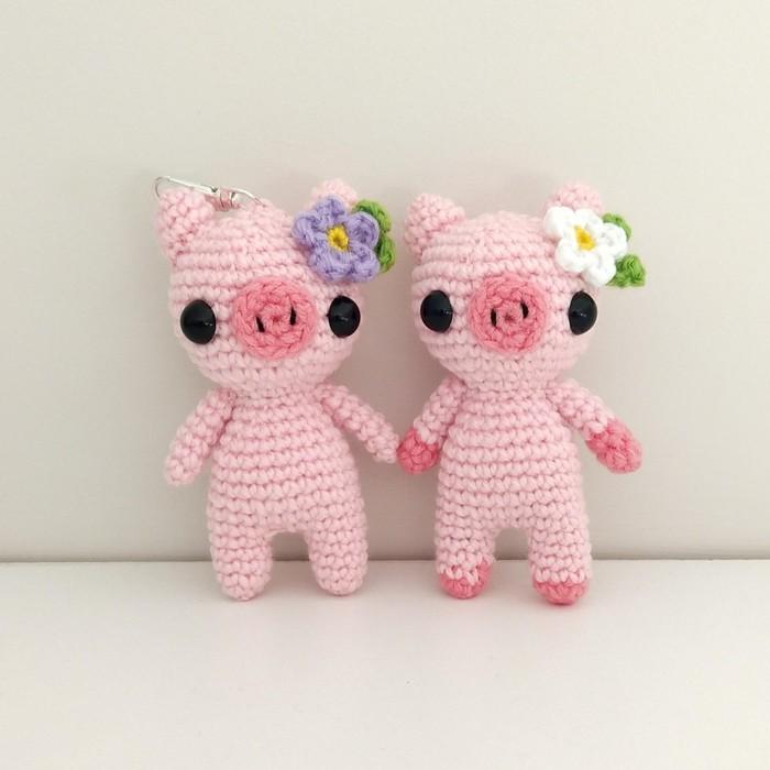Sweet pig amigurumi pattern | Amiguroom Toys | 700x700