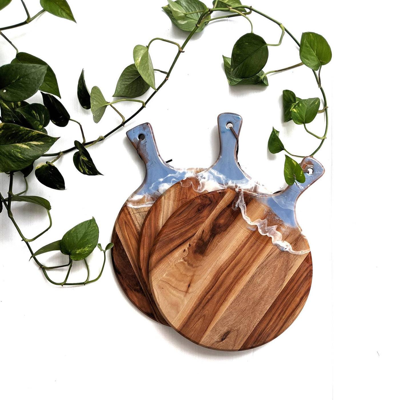 Calm Ocean Resin Chopping Board - Resin Art Wooden Chopping