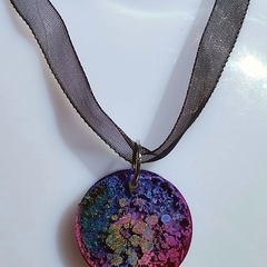 Small alcohol ink resin pendant