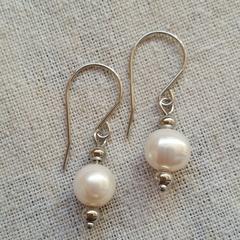 FREE POST Fresh water pearl dangle earrings
