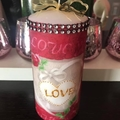 Love pattern candle