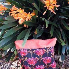 AUSTRALIANA  Zipper  Bag