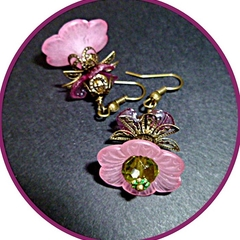 Pink and bronze lucite vintage style earrings