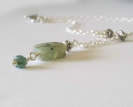 Prehnite & silver dangle necklace
