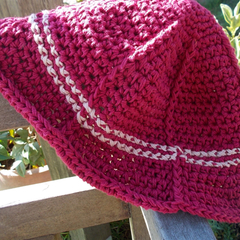 Crocheted summer hat, 100% cotton. burgundy with pale rose trim ON SALE!!!