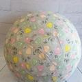 Balloon Ball: Flowers on soft Grey