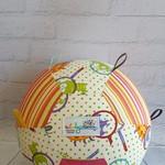 Balloon Ball: Eye Spy a bug with Taggies.