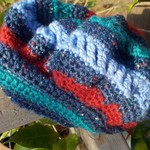 crocheted beret pure wool blue green and red child's medium. Winter hat, warm.